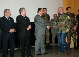 تكريم ذوي شهداء وجرحى الجيش من إدلب في اللاذقية