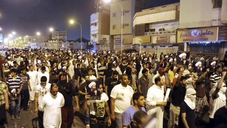 حرق القنصلية السعودية في مدينة مشهد الإيرانية