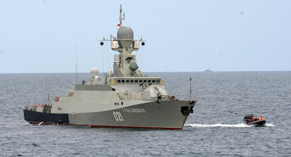 مدمرة بحرية روسية جديدة بـ200 صاروخ
