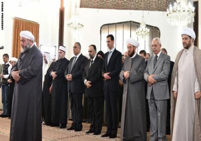 هل أدى الرئيس بشار الأسد صلاة العيد قبل وقتها ؟
