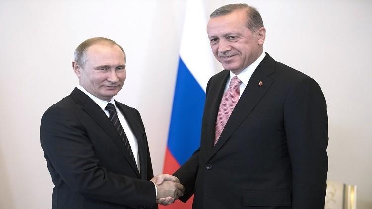 موسكو: نعتزم رفع القيود عن تركيا تدريجيا