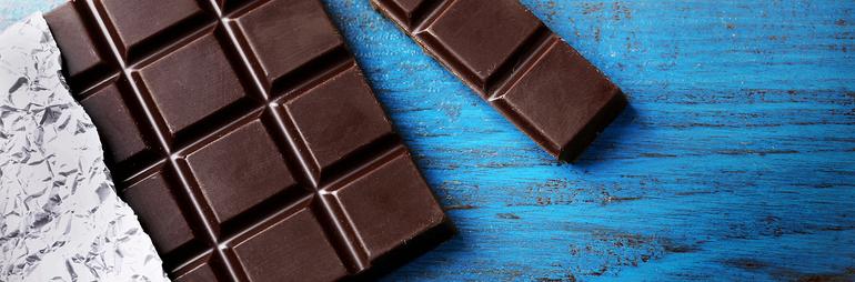 هل يسبب تناول الشوكولاته ظهور البثور؟