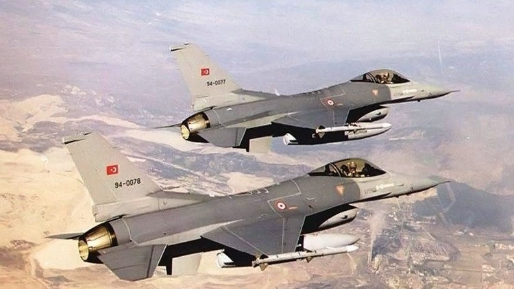 الطيران التركي يشارك في الغارات على داعش في الموصل