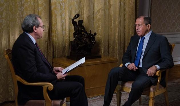 لافروف: قصف الأميركيين للقواعد الجوية السورية سيكون