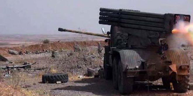 """الجيش العربي السوري يسقط طائرة استطلاع لإرهابيي """"داعش"""" بريف سلمية ويدمر آليات للتنظيم في دير الزور وريف الرقة"""