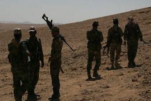 """وحدات من الجيش العربي السوري تحكم تطويق أوكار إرهابيي """"داعش"""" في حقل الهيل النفطي بريف تدمر"""