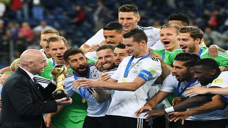 المنتخب الألماني يشكر روسيا على البطولة الناجحة باللغة الروسية