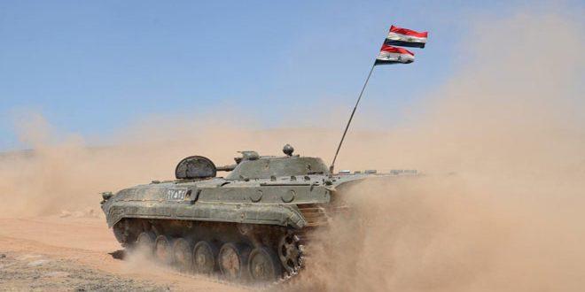 """وحدات من الجيش العربي السوري تدمر معسكر تدريب لتنظيم """"داعش"""" والأهالي يستهدفون 3 من آلياته ويوقعون 9 قتلى بين إرهابييه في دير الزور"""
