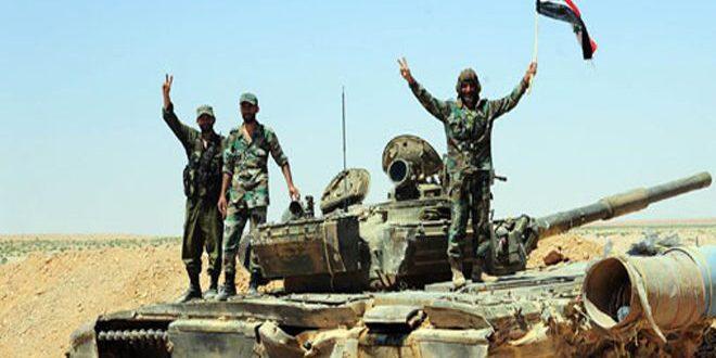 """الجيش العربي السوري على مشارف مدينة السخنة بعد القضاء على أعداد كبيرة من إرهابيي """"داعش"""" وسلاح الجو يدك أوكاراً وخطوط إمداد للتنظيم التكفيري بريف سلمية الشرقي"""