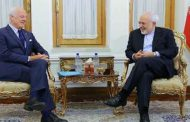 دي ميستورا يبحث مع ظريف تطورات ومبادرات حل الأزمة في سورية