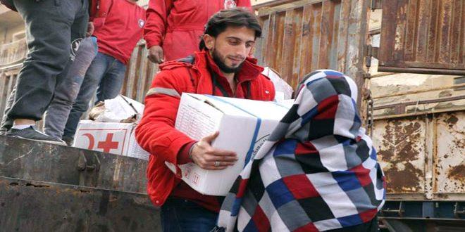 توزيع دفعة جديدة من المساعدات الغذائية والصحية على أهالي مدينة دير الزور