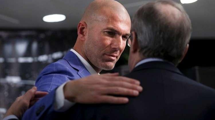 ريال مدريد يحدد قائمة ثلاثية خلفا لزيدان