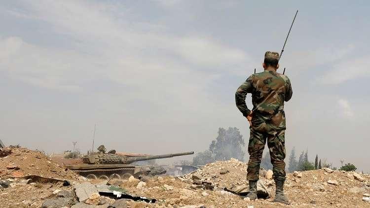 سوريا.. المسلحون بريف حمص يحرقون ويدمرون كافة المقرات قبل تسليم الأسلحة الثقيلة