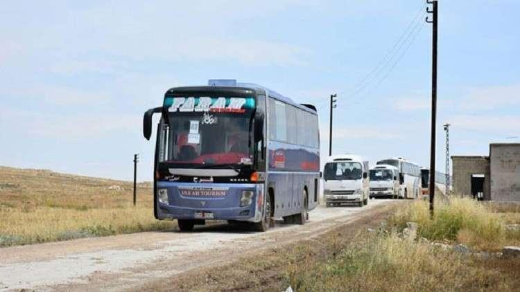 مركز المصالحة الروسي: استمرار إخراج المسلحين وعائلاتهم من ريف حمص