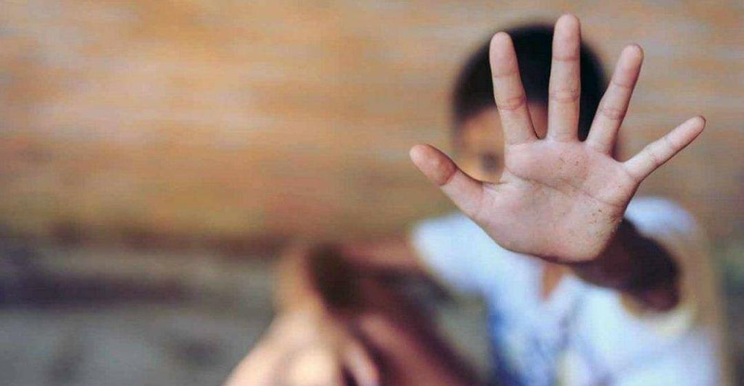 في لبنان … أب سوري يحرق ابنه لتأخره عن المنزل